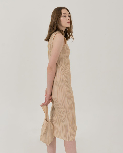 Angela pleats dress