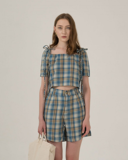 Tantra Plaid top